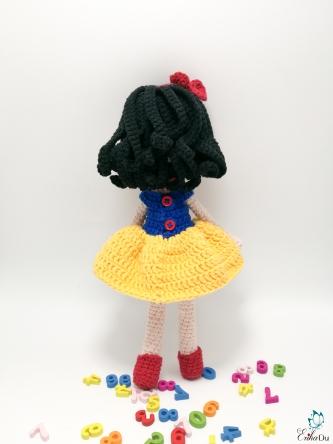 snow white-12