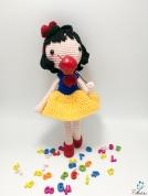 snow white-13